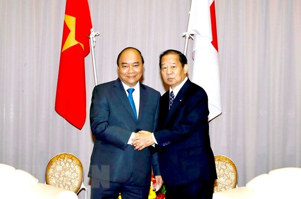 PM receives Chairman of Japan-Vietnam Friendship Parliamentary Alliance hinh anh 1