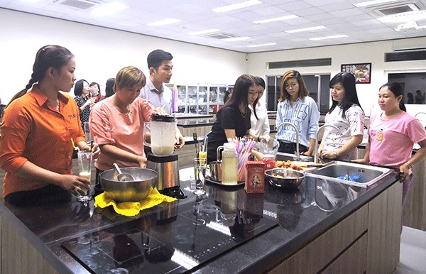 Assistance offered to Vietnamese women married to Koreans hinh anh 1