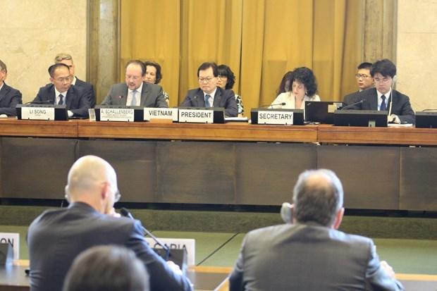 Vietnam chairs Geneva session on disarmament hinh anh 1