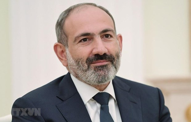 Armenian PM begins official visit to Vietnam hinh anh 1