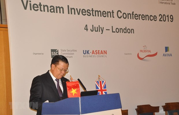 Investment promotion conference held in London hinh anh 1