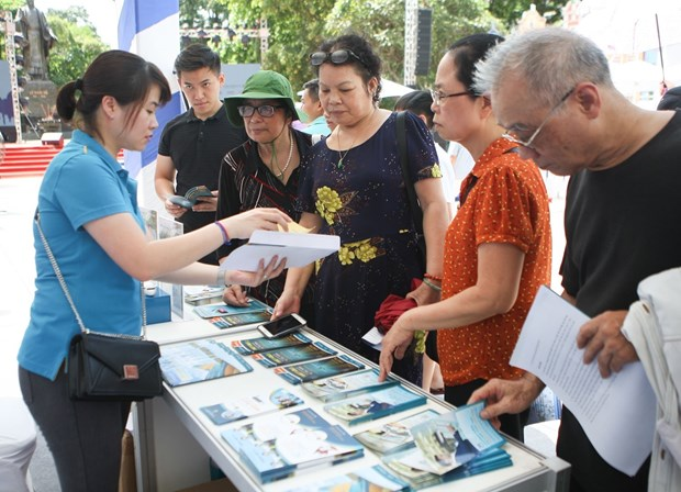 Discount tours offered at Hanoi festival hinh anh 1