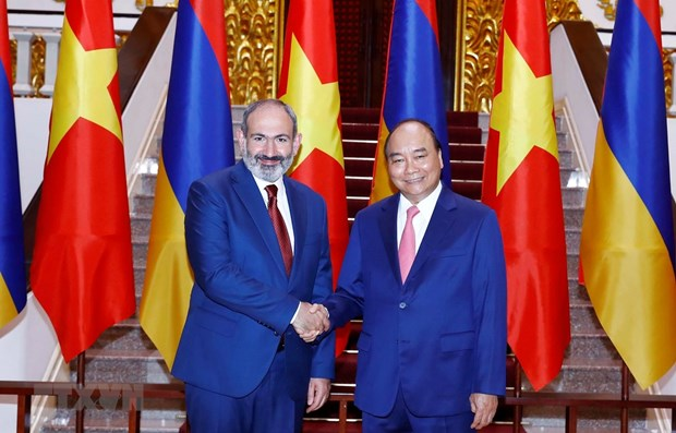 Armenian PM concludes official visit to Vietnam hinh anh 1