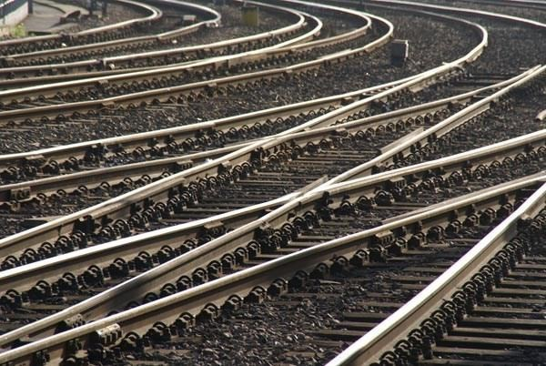 Thailand eyes to be hub of trans-ASEAN railway network hinh anh 1