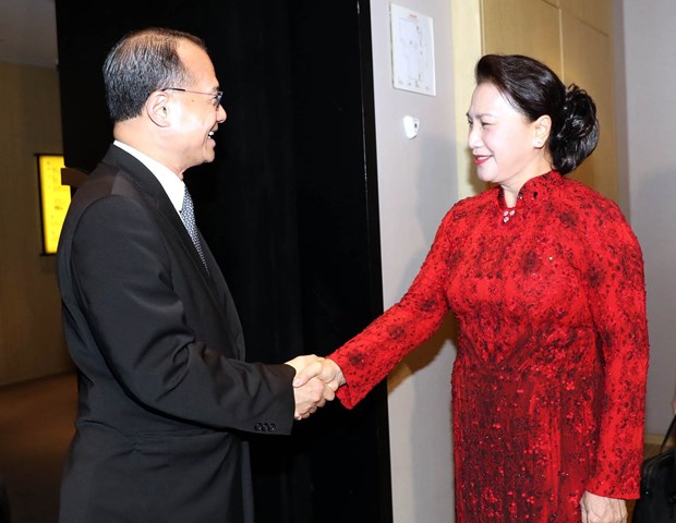 NA Chairwoman receives Chinese companies' executives hinh anh 1