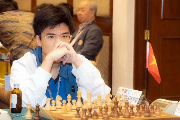 Chess master Khoi wins Asian standard title hinh anh 1