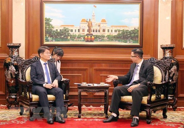HCM City leader vows support for RoK investors hinh anh 1
