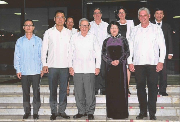 Vice President meets Cuban leaders to enhance ties hinh anh 1