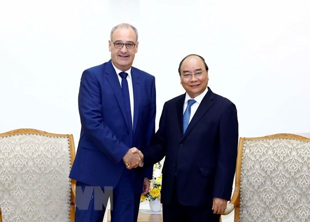 Vietnam attaches importance to traditional ties with Switzerland: PM hinh anh 1