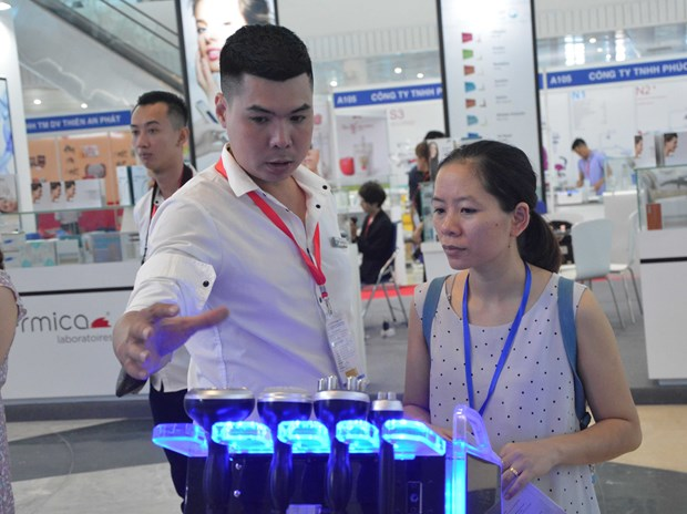International medi-pharm expo opens in Da Nang hinh anh 1