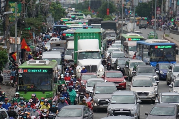 Ways sought to speed up construction of HCM City–Moc Bai Highway hinh anh 1