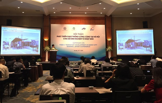 Hanoi learns from Japan's public transport development experience hinh anh 1