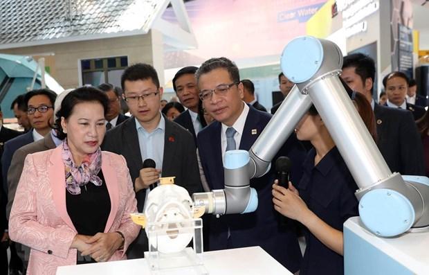 Top legislator visits China's first hi-tech park hinh anh 1