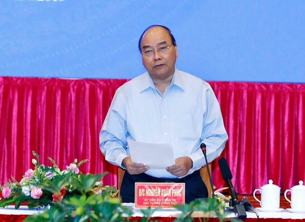 PM urges central, Central Highland regions to promote green growth hinh anh 1