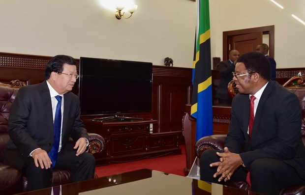 Vietnam, Tanzania agree to boost ties hinh anh 1