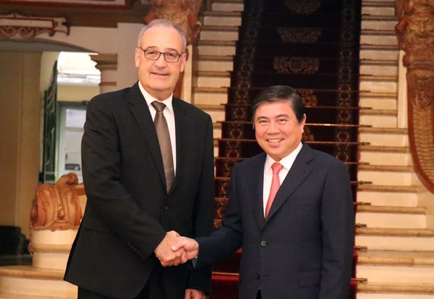 HCM City boosts cooperation with Switzerland hinh anh 1