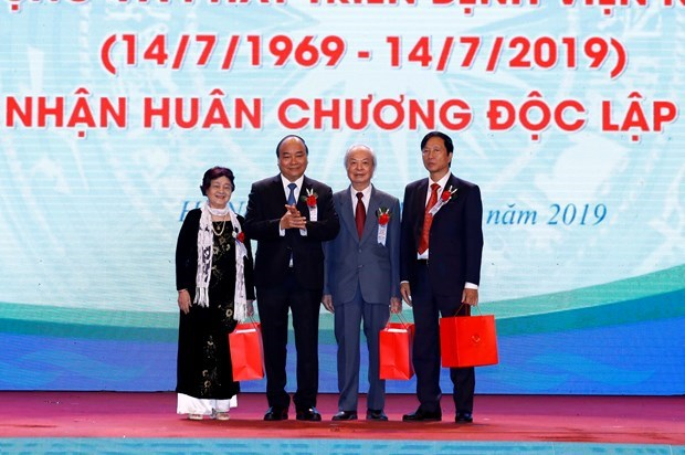 Central Pediatrics Hospital must be top trusted: PM hinh anh 1