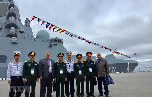 Vietnam joins int'l maritime defence show in Russia hinh anh 1