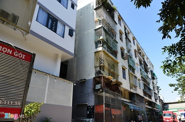 HCM City slow to finish renovation of old tenements hinh anh 1
