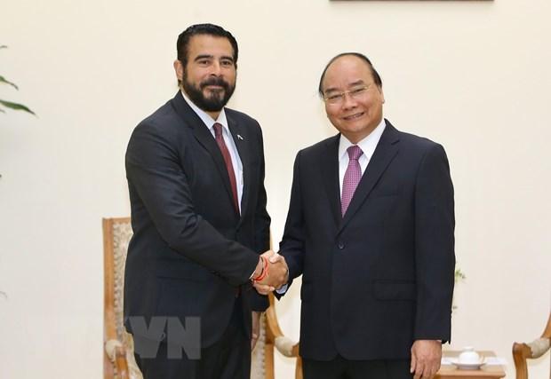 PM bids farewell to outgoing Panamanian Ambassador hinh anh 1