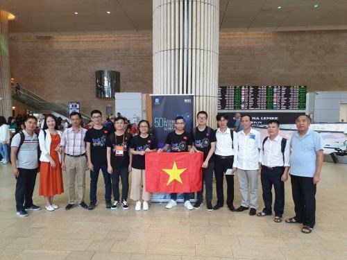 Vietnam wins three golds at 50th International Physics Olympiad hinh anh 1