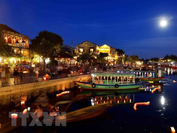Hoi An city to organise lantern night in Germany hinh anh 1
