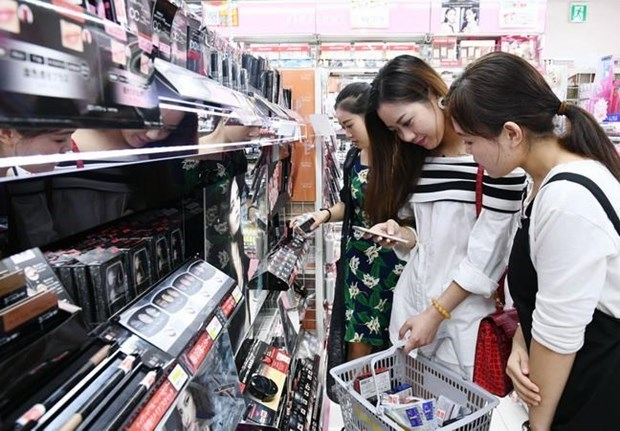 Japan's cosmetics and drugstore chain to open in Vietnam hinh anh 1