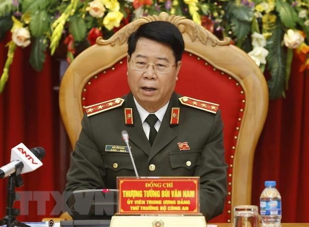 Lao PM hails Vietnamese and Lao police's cooperation hinh anh 1