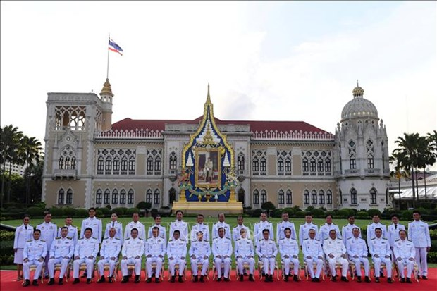 Thailand's new cabinet sworn in hinh anh 1