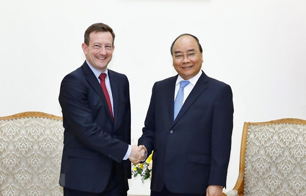 PM calls for strengthened Vietnam – France cooperation hinh anh 1