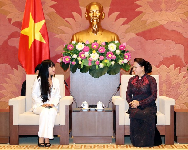 NA leader welcomes head of France-Vietnam Friendship Parliamentary Groups hinh anh 1