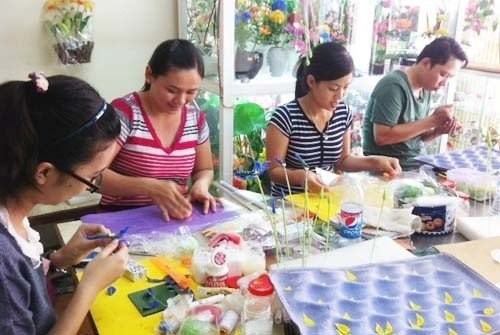 Women's Union provides job training to unskilled middle-aged women hinh anh 1