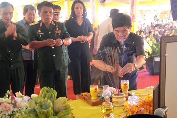 Requiem prays for martyrs' souls in Quang Tri hinh anh 1