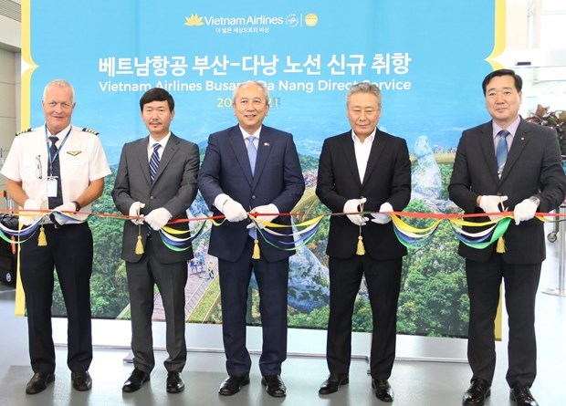 Vietnam Airlines launches Da Nang – Busan air route hinh anh 1