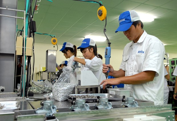 EU believes in positive impact of trade deal with Vietnam hinh anh 1