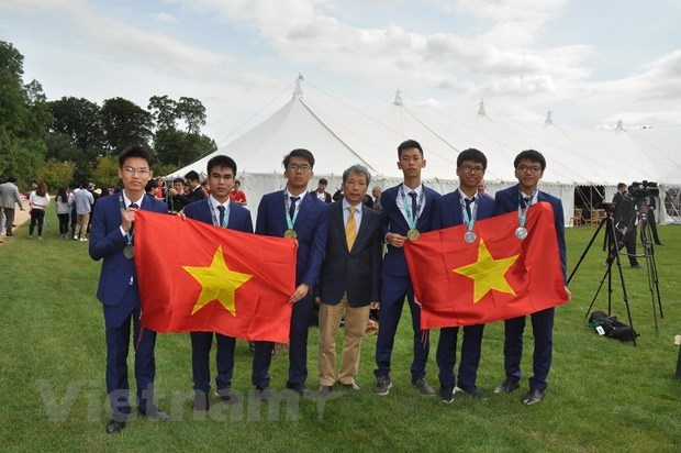 2019 IMO President lauds Vietnam's math training model hinh anh 1