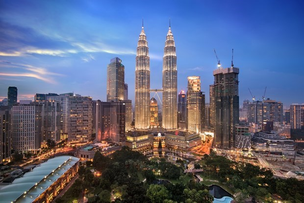 Malaysia: 3 pct fiscal deficit target challenging hinh anh 1