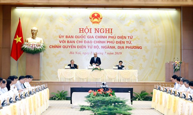 PM requests e-Cabinet building be accelerated hinh anh 1
