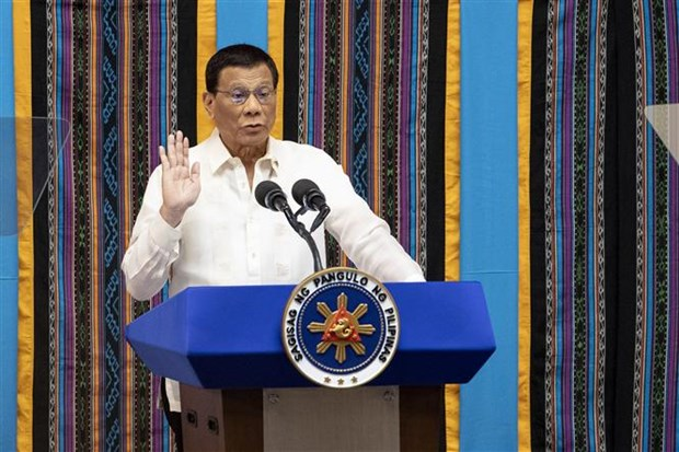 Philippine President vows to continue drugs, corruption fight hinh anh 1