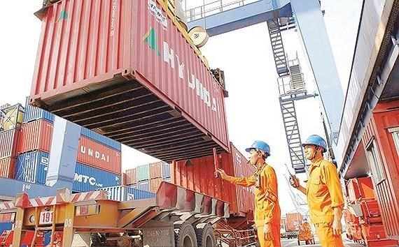 Vietnam seeks foreign investment in ports hinh anh 1