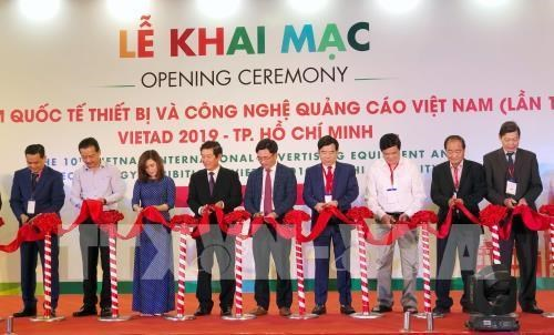 Vietnam int'l ads equipment exhibition underway in HCM City hinh anh 1
