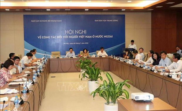 Overseas Vietnamese – significant resources for national development hinh anh 1