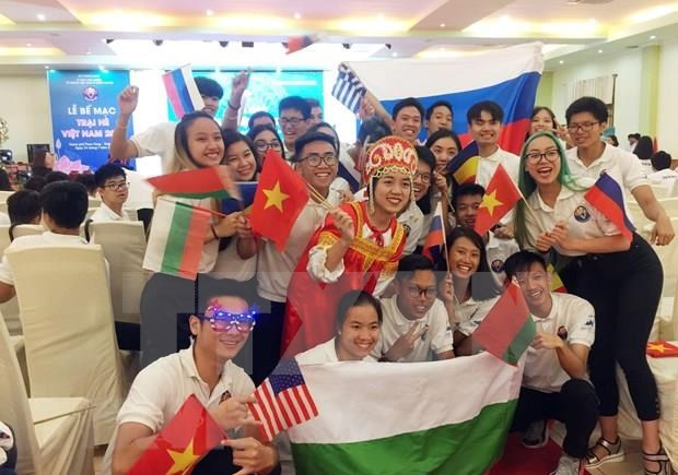 Vietnam Summer Camp 2019 ends in warm atmosphere hinh anh 1
