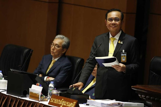 Thai PM presents government policy at parliament hinh anh 1