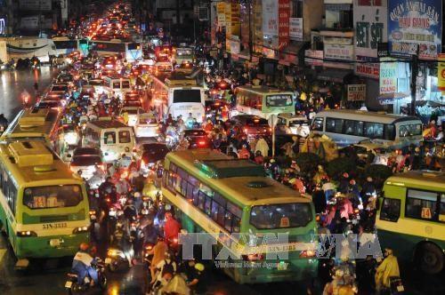Ho Chi Minh City installs more traffic surveillance cameras hinh anh 1
