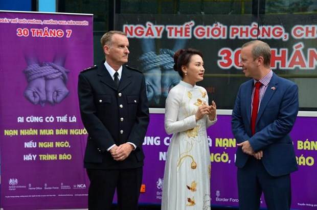 British Embassy launches anti-human trafficking campaign in Vietnam hinh anh 1