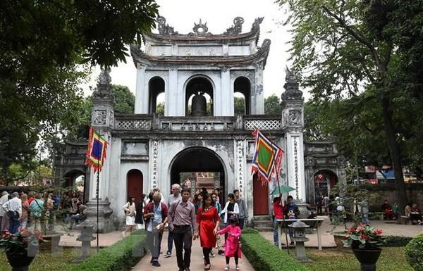 Tourists to Hanoi in July up 9.5 percent hinh anh 1