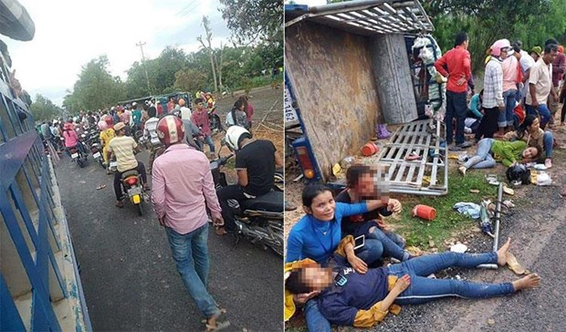 Truck accident kills two, injures 31 others in Cambodia hinh anh 1