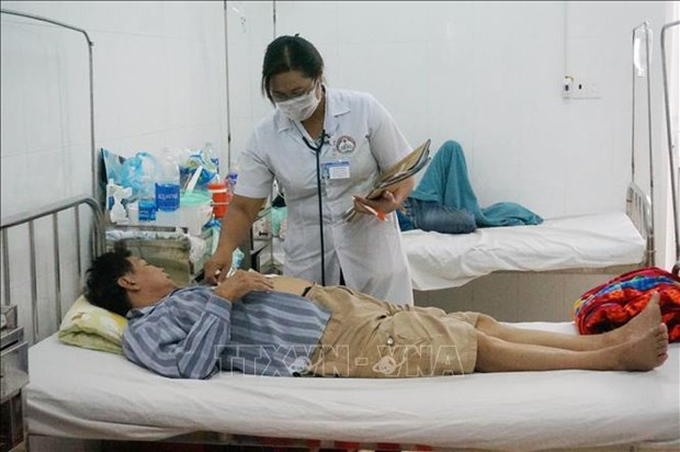 Dak Lak province reports another dengue fever death hinh anh 1