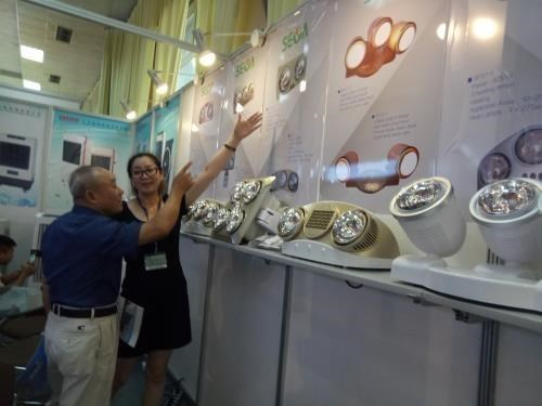Zhejiang export fair opens in HCM City hinh anh 1